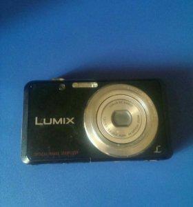 Фотоаппарат Lumix