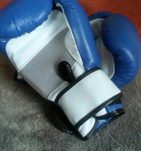 Перчатки тренировочные боксерские