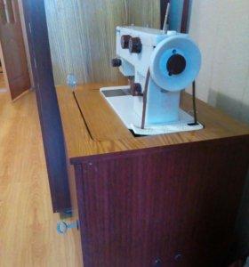Швейная машинка чайка-143