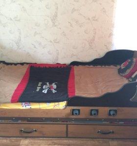 Комната для мальчика чёрный пират