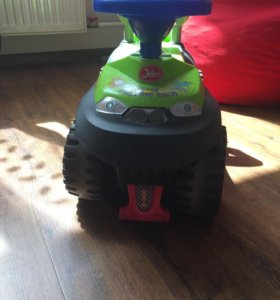 Машинка для ребенка