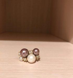 Кольцо с жемчугом и камнями