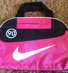 Сумка спортивная розовая