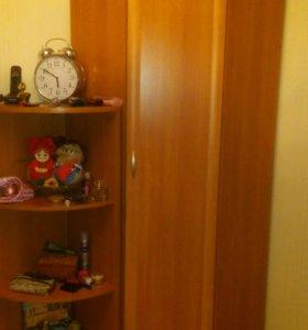 Шкаф угловой с приставной полкой