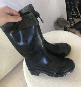 Резиновые сапоги ( утеплённый носок внутри)
