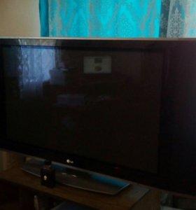 Телевизор LG 42PX5R-ZB