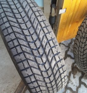 Резина WINTER Force 4 шт 225/ 70 r16 , не новая