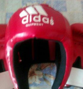 Adidas Боксёрские перчатки и шлем