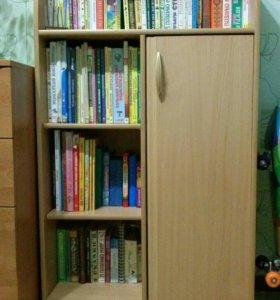 Книжный шкафчик
