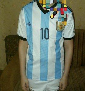 Спортивная футбольная форма на мальчика