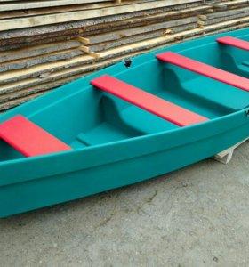 Лодка прогулочная