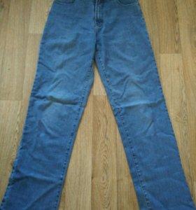 Мужские джинсы, размер 28