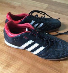 Кроссовки-футзалки Adidas