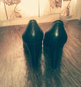 Продам туфли новые не разу не одеты