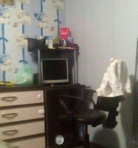 Компьютерный стол стул
