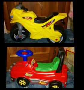 Машинка и мотоцикл.