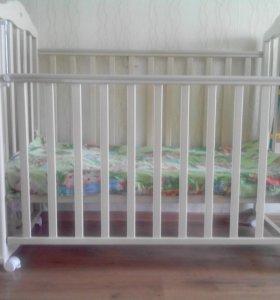 Детская кроватка + кокосовый матрас