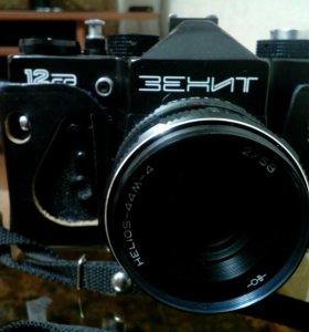 Фотоаппарат ЗЕНИТ 12СД. Объектив Helios-44M-4