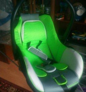 Детское авто кресло до 13 кг