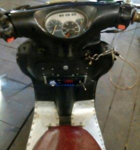 Скутер Corsa + запасной двигатель
