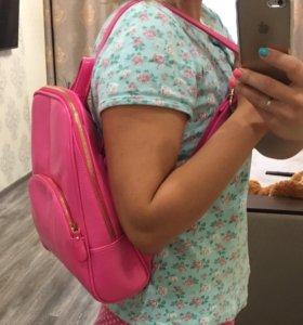 Рюкзак женский розовый кожаный