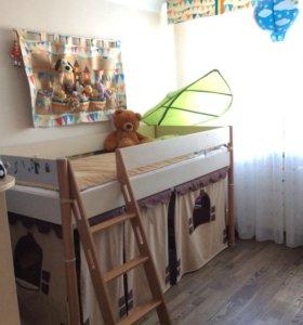 Кровать-чердак с матрасом, текстилем, навесом и др