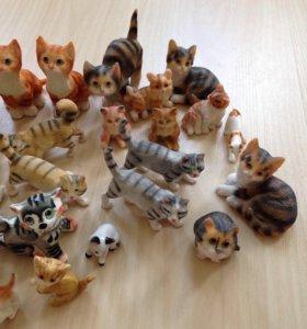 Фигурки кошек
