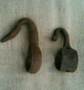 Крючок старинный кованный