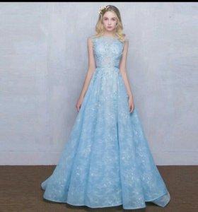 Нежнейшее платье новое