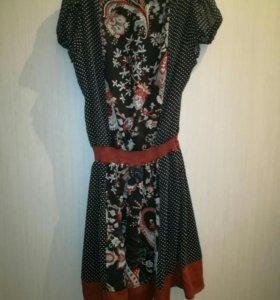 Практически новое платье 42 размер