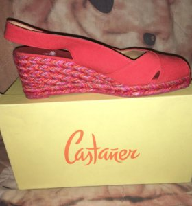 Туфли на танкетке Castaner