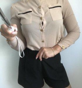 Лёгкая бежевая блузка