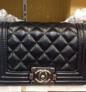 Chanel Boy сумочка