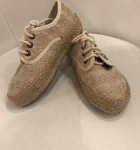 Новая обувь для девочки 27 размер