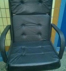 Кресло офисное , компьютерное.