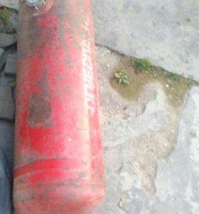 Продам срочно газовое оборудование 3000т.р торг