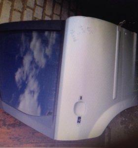 Задняя правое двери на Форд фокус 2 дорест