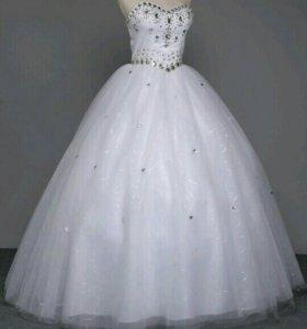 Свадбное платье