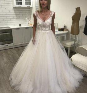Новое свадебное платье с 3D декором