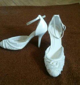 Туфли, босоножки свадебные