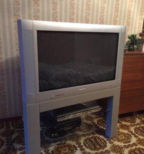 Телевизор Philips со столиком