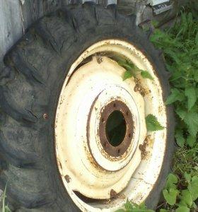 Задние колёса трактора Т-25,Т-16.