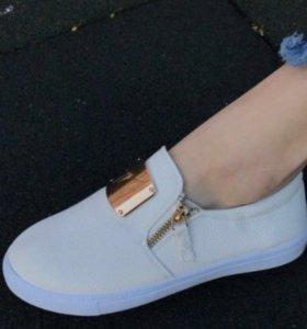 Ботинки(туфли)