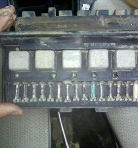 Коробка предохранителей 2107
