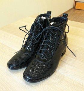 Новые ботинки 36р.