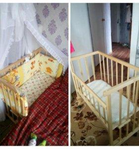 Прикроватная кровать