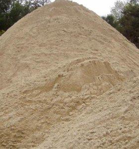 Песок карьерный,речной,мытый.
