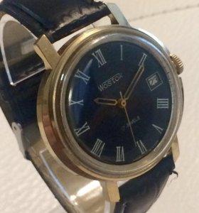 Часы Восток СССР позолота, крупные