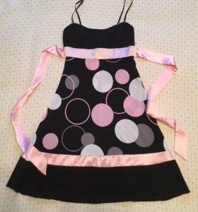 Новое коктейльное платье с поясом черно-розовое S