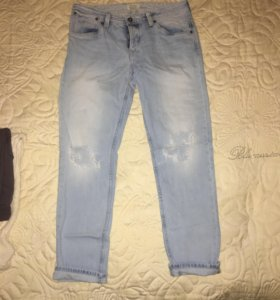 Рваные джинсы Pepe jeans